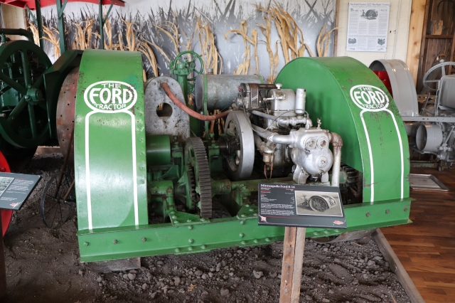 Larsen Tractor Test Museum