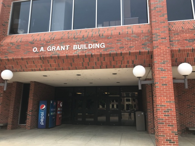 picture of a college building