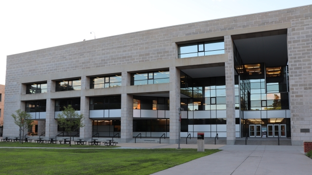 picture of the iowa state parks library