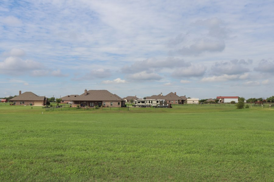picture of houses in dish texas